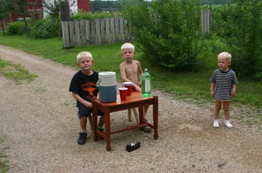 apple juice stand