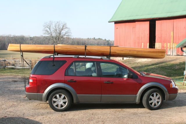 Kayak w car