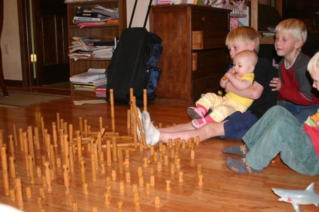 Lincoln log towers push
