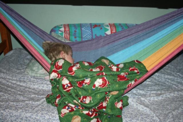 Wrap hammock sleeping Charlie