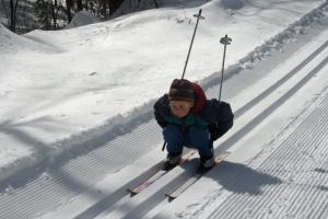 skiing Henry