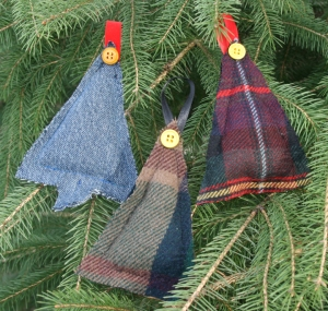 Upcycled Christmas tree ornaments 1