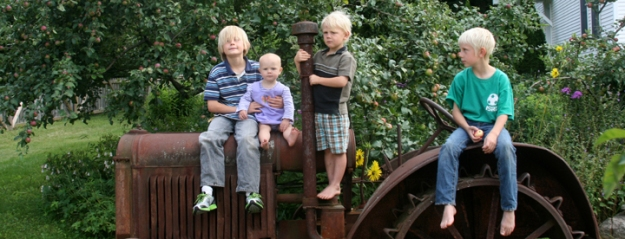 Tractor kids 720