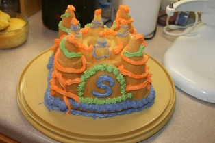 cake castle susie decorated