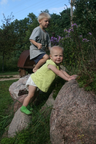 garden rocks Henry and Nola Mae