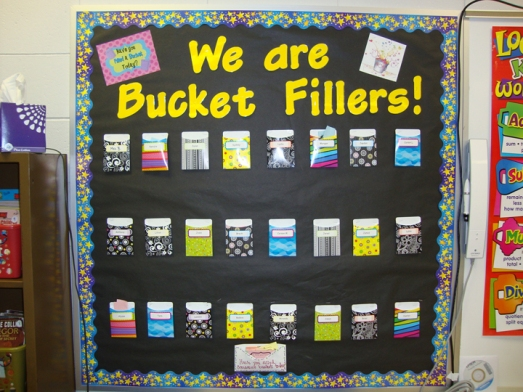 How full is your bucket pocket design