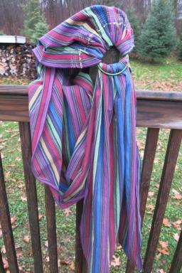 Ring sling w stripes