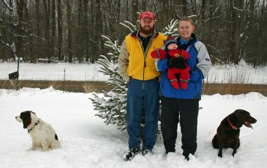 Family photo outside Jan 04