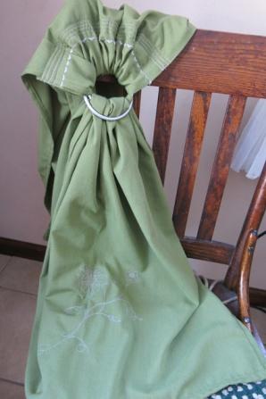 ring sling green Carolyn