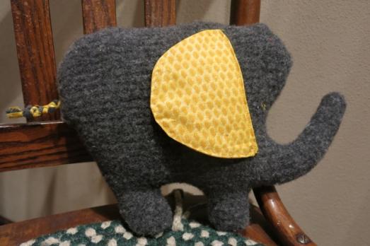 Upcycle wool sweater elephant