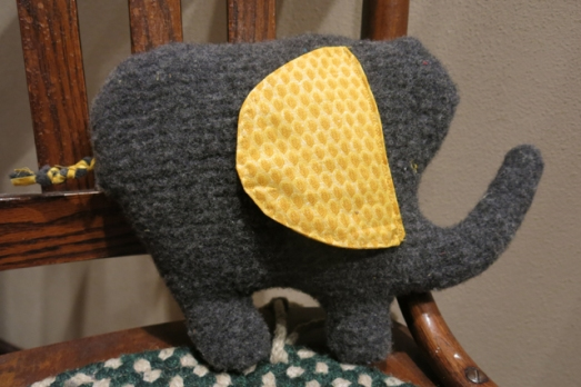 Upcycle wool sweater elephant