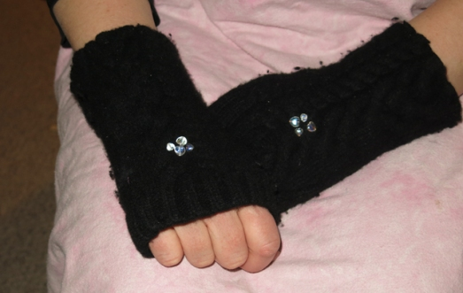 wool sweater fingerless gloves w heart beads