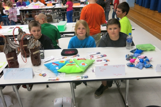Manufacturing day table