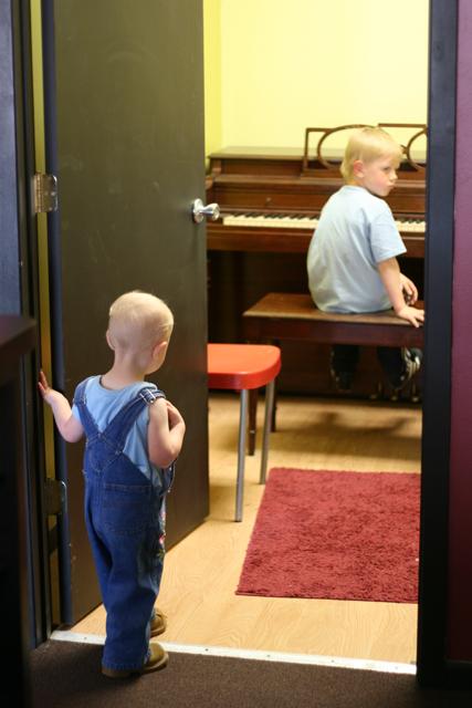 Piano Henry & Nola Mae