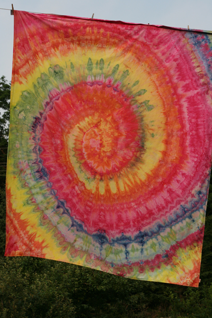 dye ice rainbow swirl sheet