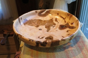 wooden burrow bowl