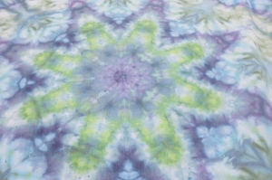 dye tie mandala purple & greens center