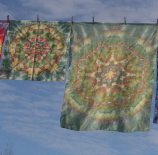 dye mandala table cloth & towel set earth tones