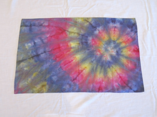 dye table runner rainbow spiral