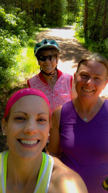 frugal sisters selfie a